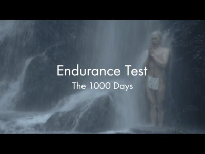 ¿Crees que entrenas mucho? Estos monjes budistas recorren más de 38.000 kilómetros en 1.000 días