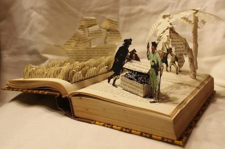Foto de Esculturas en libros (2/5)