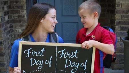 La tierna y adorable foto de madre e hijo durante el primer día de clases de ambos
