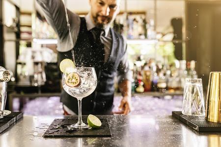 Los cinco cócteles para las noches de invierno que romperán las barreras del clásico gin tonic