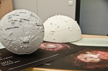 A touch of the universe para que los niños con deficiencias visuales se acerquen a la astronomía