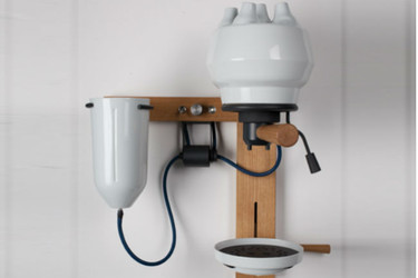 Seppl, una original cafetera de pared