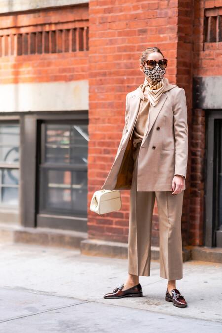 olivia palermo street style traje beige
