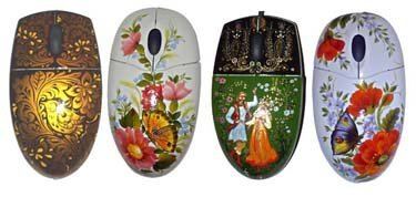 Teclados y ratones pintados a mano