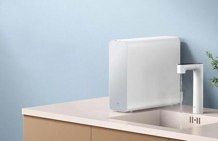 Xiaomi tiene un grifo purificador que también sirve para hervir el agua y se puede controlar desde el móvil