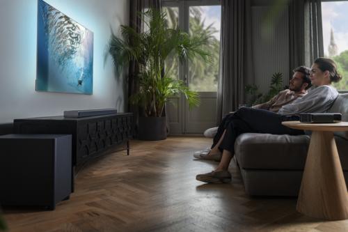 Philips vuelve con fuerza al sector del home cinema: estas son sus nuevas barras de sonido y altavoces inalámbricos con Ambilight