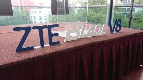 Blade V8 y Blade V8 SE, primeras impresiones: ZTE quiere conquistar la gama media en México con la doble cámara