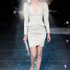 Foto 1 de 16 de la galería armani-prive-alta-costura-primavera-verano-2010-vestidos-de-noche-inspirados-en-la-luna en Trendencias
