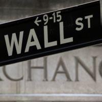 Mercados caen como castillo de naipes por desaceleración y estancamiento global