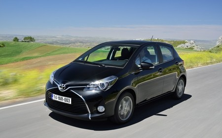 toyota-yaris-2014-advance-exterior-650.jpg