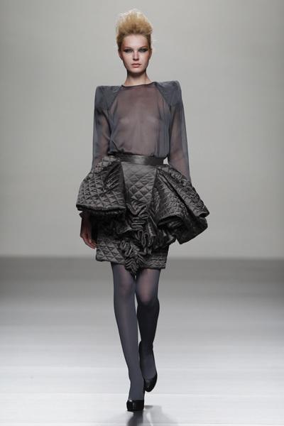 Foto de Juana Martín en la Cibeles Madrid Fashion Week Otoño-Invierno 2011/2012  (1/10)
