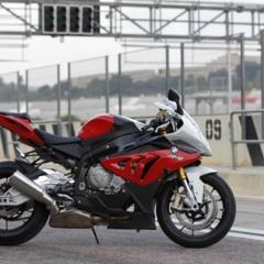 Foto 12 de 145 de la galería bmw-s1000rr-version-2012-siguendo-la-linea-marcada en Motorpasion Moto