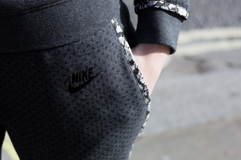 Foto de Nike x Liberty Collection (19/26)