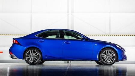 Lexus Is 300h 2015 - PRECIOS