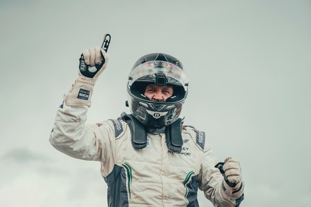 Continental Gt Breaks Record At Pikes Peak 2