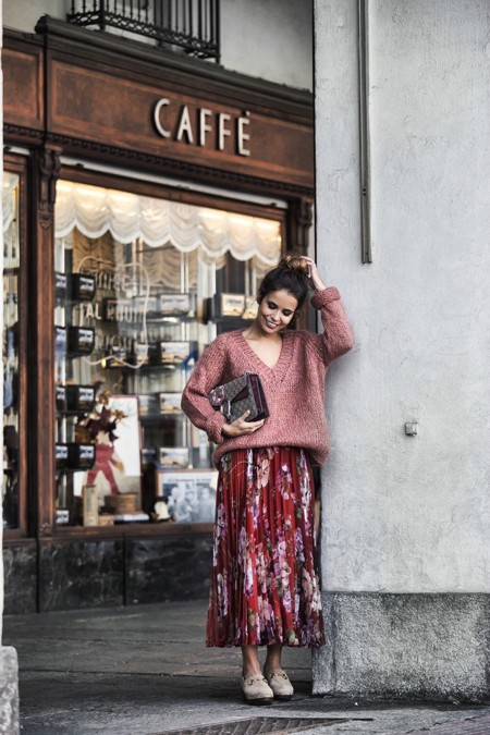 Gucci Skirt Clogs Pink Sweater Cuneo Street Style Collage Vintage Outfit Bruna Rosso 790x1185