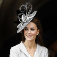 Kate Middleton Philip Treacy tocado look