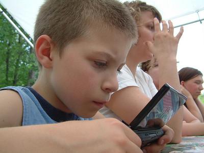 ¿Sabes como configurar el control parental en la consola de tus hijos?