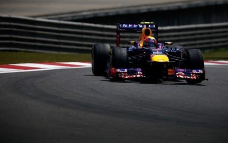 Mark Webber sancionado por su incidente con Jean-Eric Vergne