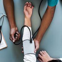 Puntos clave de la dieta para una persona con hipertensión en cuarentena
