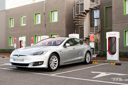 contacto prueba Tesla Model S 100D Supercargador