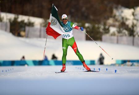 German Madrazo, el mexicano que aprendió a esquiar hace un año y cruzó la meta en último puesto con una enorme sonrisa