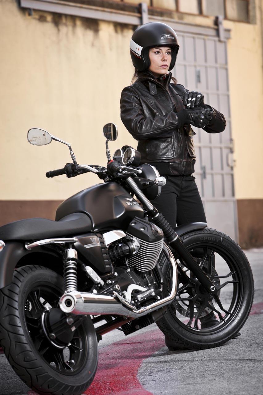 Foto de Moto Guzzi V7 Stone (25/57)