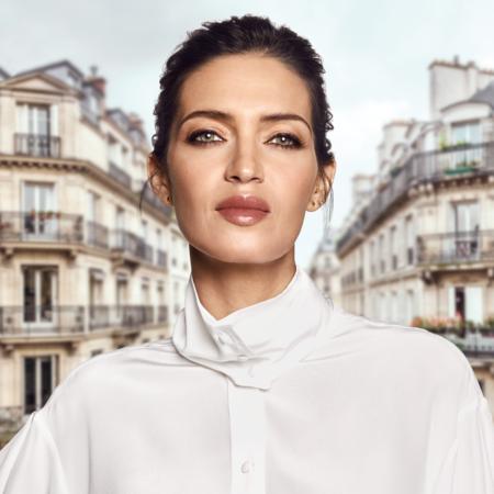 Sara Carbonero L'Oreal Paris maquillaje pelo