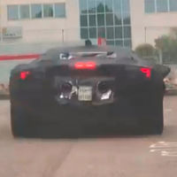 El Ferrari híbrido de 1.000 CV y tres motores eléctricos, cazado en vídeo a pocos días de su presentación
