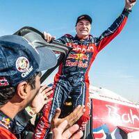Carlos Sainz ficha por Audi: correrá el Dakar 2022 con un todoterreno híbrido y junto a Stéphane Peterhansel