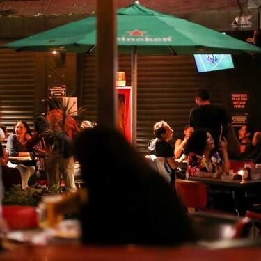CDMX entra a semáforo verde: bares y antros cerrarán hasta la una de la mañana y con aforo del 50 por ciento