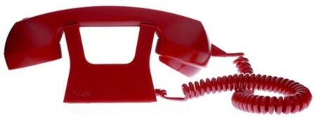 """Un visionario colgado a un """"viejo"""" hulger telephone (VoIP)"""