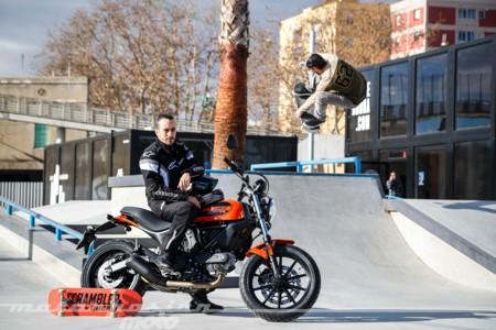 Ducati Scrambler Sixty2: una gran moto trendy