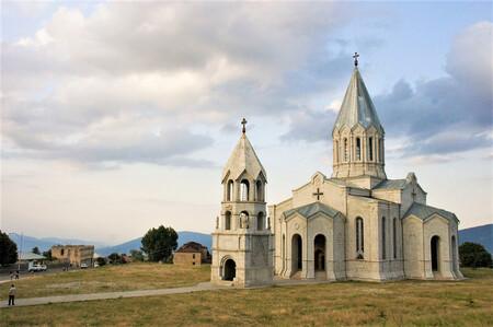 Los refugiados armenios ya han perdido Nagorno Karabaj. Ahora temen que se destruyan también sus iglesias