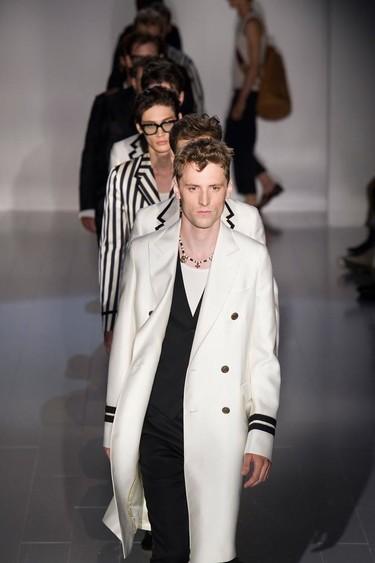 El look marinero perfecto está en la colección de Gucci primavera-verano 2015