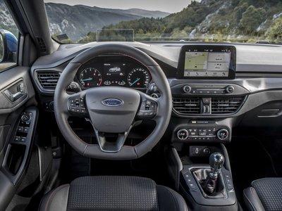 Móvil en los bolsillos y ojos en la carretera: SYNC 3 o el futuro de la conectividad