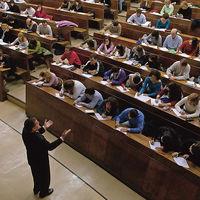 Embargada por la deuda universitaria: la dramática realidad tras los créditos estudiantiles