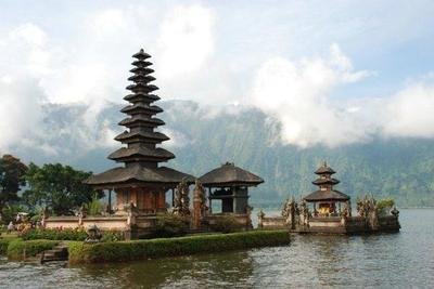 Pura Ulun Danu: un templo sobre las aguas del lago Bratan