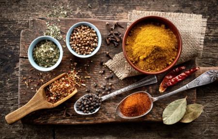 Tu dieta semanal con Vitónica (CLXI): con ideas para sumar especias a tus platos