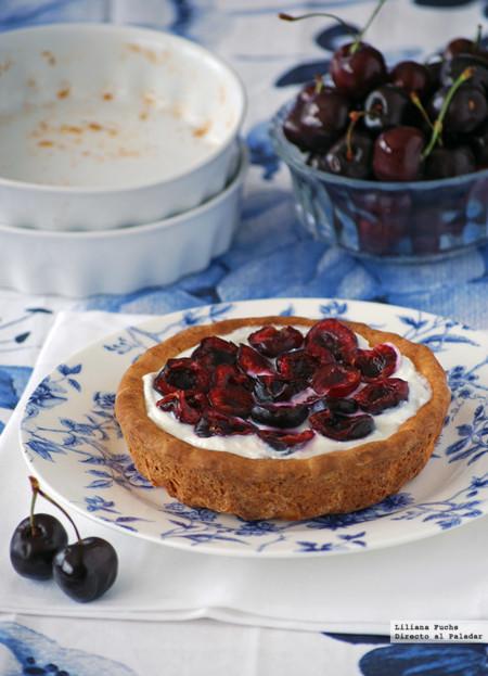 Tartaletas ligeras de cerezas y queso crema. Receta