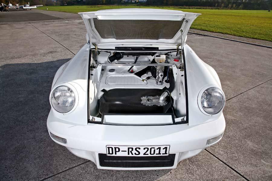 Foto de DP Motorsports Lightweight Porsche 911 (5/10)