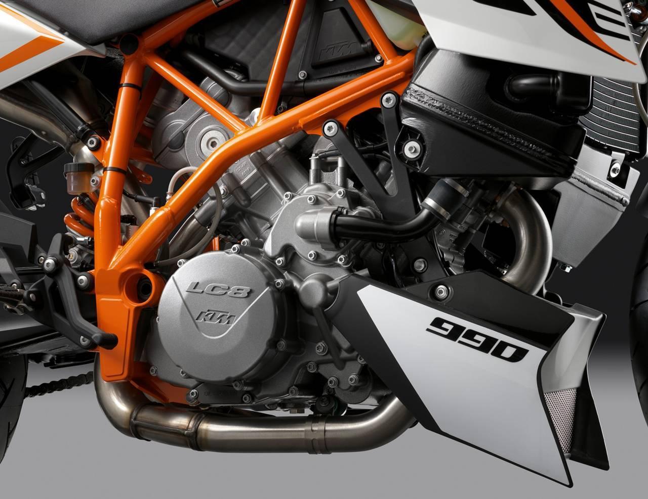 Foto de Resto de novedades de KTM presentada en el Salón de Milán 2011 (22/25)