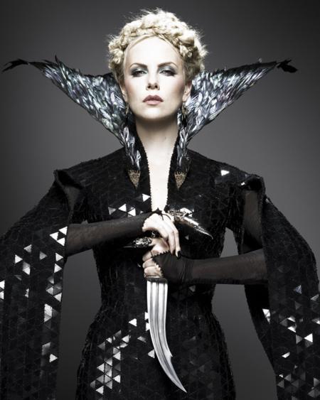 Espectacular vestuario de Blancanieves y la Leyenda del Cazador por Colleen Atwood