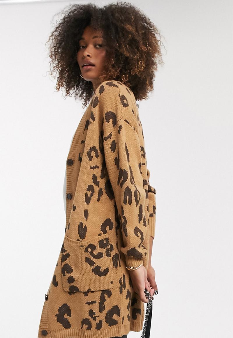 Cárdigan largo con estampado clásico de leopardo de Liquorish