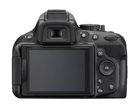 Nikon D5200 vista trasera