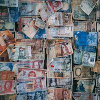 China está desinfectando billetes y monedas para frenar al coronavirus: lo que podemos aprender (o no) en el resto de países