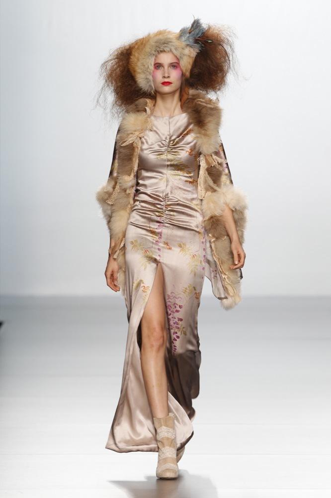 Foto de Elisa Palomino en la Cibeles Madrid Fashion Week Otoño-Invierno 2011/2012 (20/30)