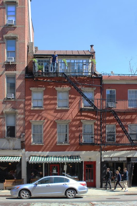 Immeuble En Briques Rouges Style Americain Et Industriel