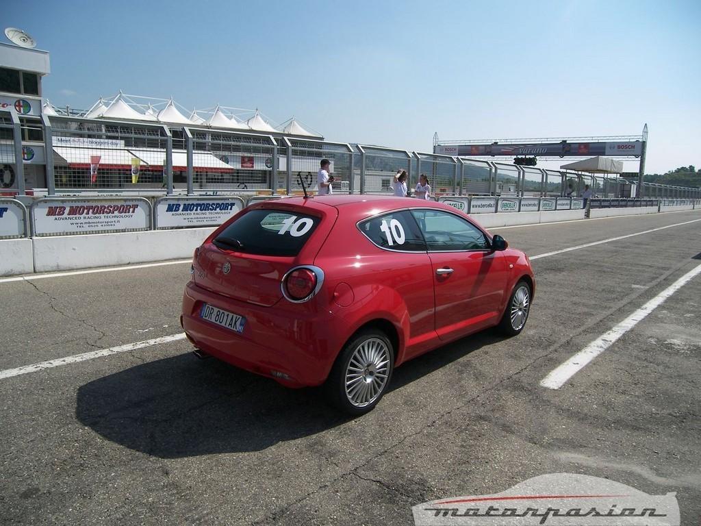 Foto de Alfa Mi.To, prueba en el circuito de Varano de Melegari (4/46)