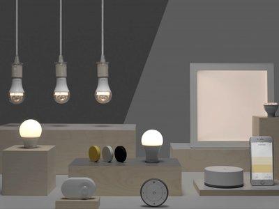 Con bombillas 'inteligentes' y asequibles es como IKEA quiere entrar y automatizar nuestro hogar